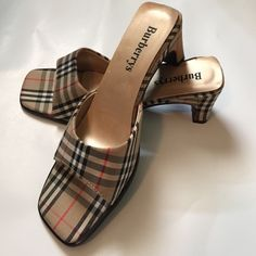 368 Best Burberry 635176f172c