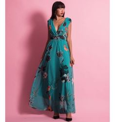 Μάξι Κρουαζέ Φόρεμα με Ζώνη | Εμπριμέ Φλοράλ  - Σμαραγδί V Neck, Dresses, Fashion, Vestidos, Moda, Fashion Styles, Dress, Fashion Illustrations, Gown
