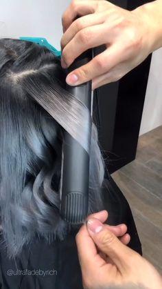 Hair Curling Tips, Curl Hair With Straightener, Front Hair Styles, Medium Hair Styles, Curly Hair Styles, Hairdo For Long Hair, Curly Hair Tips, Hair Tips Video, Hair Videos