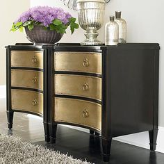 Drawer Chest w/Shaped Front