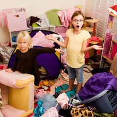 Tackle the problem of mess and clutter overload by taking a little time every day to focus on just one or two areas. These time-saving clutter-busting hints will help you dejunk your space and give you more time and less stress. Organization Station, Messy Room, Kid Closet, Family Organizer, Getting Organized, Clean House, Activities For Kids, Kids Room, Children