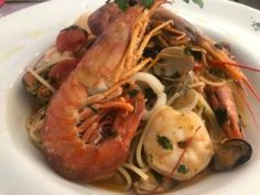 """""""Trattoria da Giovanni"""" in Paguera ein leckerer Genuss – mein-paguera.com Sangria, Pizzeria, Shrimp, Meat, Food, Cool Beer, Simple, Food Food, Meals"""