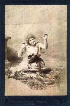 33 Amazing Vintage Photos of Female Circus Snake Charmers From the Early 20th Century ~ vintage everyday
