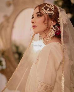 Asian Bridal Dresses, Pakistani Bridal Dresses, Wedding Dresses For Girls, Bridal Outfits, Pakistani Bridal Makeup, Pakistani Fashion Party Wear, Indian Bridal Fashion, Desi Bride, Desi Wedding