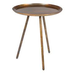 Dit bijzettafeltje, Frost Copper,is niet alleen trendy maar met zijn vintage koper look ook erg mooi! Een prachtig tafeltje om te combineren met andere kleine tafels, of om naast je favoriete stoel te zetten. Deze mooie bijzettafel staat op dunne pootjes, wat hem een elegante look geeft!  Materiaal: gepoederd coated koper Afmetingen: 39x45 Maximaal draaggewicht: 10 kg