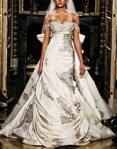 Wedding dress by Zuhair Murad, Haute Couture 2007 Beautiful Wedding Gowns, Beautiful Outfits, Gorgeous Dress, Vestidos Online, Estilo Glamour, Wedding Attire, Wedding Dresses, Dream Dress, Bridal Style