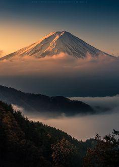 "travelingcolors: ""Sunrise at Mt. Fuji | Japan (by Kwanchai Khammuean) """