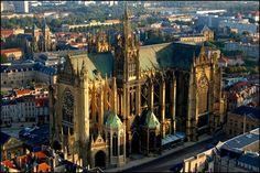 ✅ Cathédrale Saint-Etienne de Metz (Moselle)