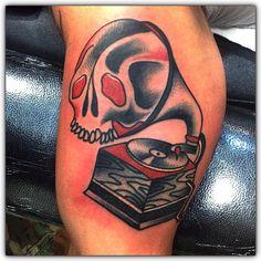#gramophone #skull