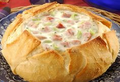 New Appetizers Easy Finger Food Pizza 52 Ideas Great Recipes, Soup Recipes, Cooking Recipes, Easy Appetizer Recipes, Best Appetizers, Homemade Bread Bowls, Salty Foods, Portuguese Recipes, Cheap Meals