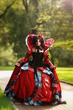 Queen Vivaldi from Alice in the Country of Hearts.
