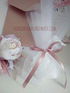 Μπομπονιέρα Γάμου Δαντέλα & Σατέν - Bonboniera Handmade Girls Dresses, Flower Girl Dresses, Wedding Dresses, Flowers, Fashion, Dresses Of Girls, Bride Dresses, Moda, Dresses For Girls