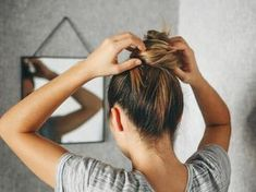 Welche Frisur passt zu welcher Gesichtsform? Sleek Hairstyles, Straight Hairstyles, Hair A, Hair Type, Hair Plopping, Pin Straight Hair, Hair Care Brands, Tight Curls, Air Dry Hair
