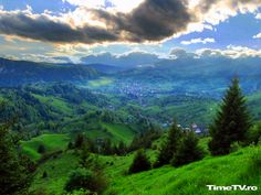 Most beautiful landscapes Europe Romania pictures carpathian mountains - Desktop Nexus Wallpapers The Places Youll Go, Places To See, Beautiful World, Beautiful Places, Beautiful Pictures, Visit Romania, Transylvania Romania, Carpathian Mountains, Green Landscape