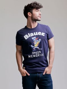 Od zásobování bezpečnostních složek USA až ke street wear, tak daleko se dostala značka Blauer. www.bigbrands.cz/vip