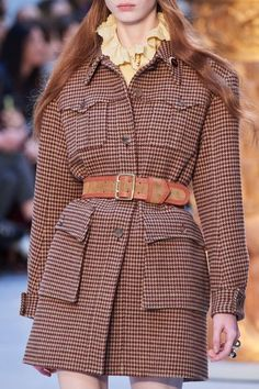 Chloé Fall 2020 Ready-to-Wear Collection - Vogue Fashion Week, Fashion 2020, Winter Fashion, Fashion Show, Fashion Outfits, Womens Fashion, Fashion Trends, Paris Fashion, Chloe