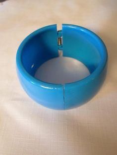 End of Day Lucite Bangle Bracelet Vintage Sky Blue