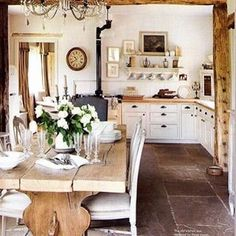 To improve the interior of your home, you may want to consider doing a kitchen remodeling project. This is the room in your home where the family tends to spend the most time together. If you have not upgraded your kitchen since you purchased the home,. New Kitchen, Kitchen Dining, Kitchen Rustic, Kitchen Interior, Kitchen Country, Dining Area, Rustic Kitchens, Kitchen Cabinets, Kitchen Tables