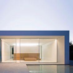 "1,664 Me gusta, 10 comentarios - Fran Silvestre Arquitectos (@fransilvestrearquitectos) en Instagram: ""PROJECTS. Atrium house. Casa del atrio Picture: Fernando Alda #FranSilvestreArquitectos…"""