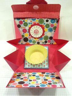{DIY Cupcake Holder and Card!}