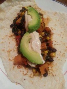 La cuisine de mamali : Burritos haricots noirs, patates douces et quinoa