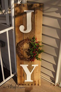 My Blissful Space: Sweater Wreath & Joy Sign {Completing Unfinished Projects!} - I've seen one of these with a red berry wreath that was really cute. Christmas Wood Crafts, Christmas Porch, Outdoor Christmas Decorations, Primitive Christmas, Christmas Signs, Homemade Christmas, Rustic Christmas, Winter Christmas, Holiday Crafts