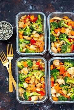 Cashew Chicken Meal Prep Bowls 2019 We like saucy stuff and this one didnt have enough for us. We will try to make again with more sauce. But other than that it was delicious. The post Cashew Chicken Meal Prep Bowls 2019 appeared first on Lunch Diy. Healthy Dinner Recipes For Weight Loss, Healthy Meal Prep, Easy Healthy Recipes, Quick Easy Meals, Lunch Recipes, Healthy Snacks, Healthy Eating, Dinner Healthy, Easy Lunch Meal Prep