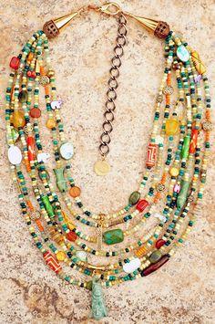 Shell Choker, Gold Choker, Jade Necklace, Necklace Ideas, Jewelry Ideas, Diy Jewelry, Jewelry Making, Pendant Necklace, Celtic Braid