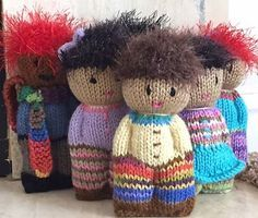 Ravelry: Project Gallery for Pocket Peace Pals pattern by Carole Neely