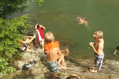 Summer camp for kids at Vermont ski resorts! Sugarbush camps explore the Mad River Valley and mountain.  http://allmountainmamas.skivermont.com/create-memories-traditions-sugarbush-resort-summer-camps/