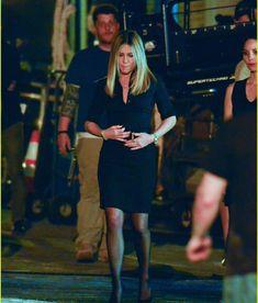 "39 отметок «Нравится», 1 комментариев — Jennifer Aniston (@jenniferaniston1969) в Instagram: «""Office Christmas Party"" new movie with Jen #jenniferaniston #aniston #officechristmasparty…»"