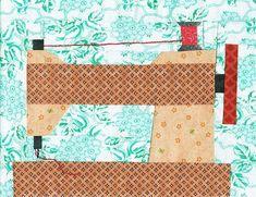 Josse's funky April #mysteryproject2016 #cottonandcolor #patchwork #patchworkquilt #quilt #patchworklovers #handicraft #handmade #creative #artesanato #quiltersofinstagram #madewithlove #quilterslife
