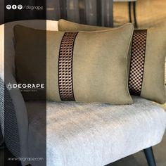 👉Hayal etmek sizden, en şık kumaş ve bordürler Degrape'den👈 ✨Bordür: HORSES & PORTE✨ ✨Koltuk: PORTO  #bordür #perde #degrape #kumaş #izmir #evdekorasyonu #dekorasyon #istanbul #curtain #upholstery #textile #design #interiordesign #elegant #border Fitbit Flex, Touch, Interiordesign, Tote Bag, Elegant, Istanbul, Room Interior Design, Colors, Classy