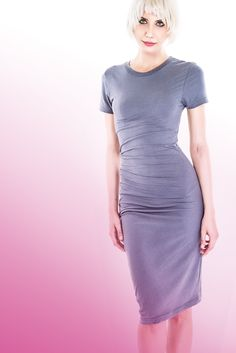 Dress screwed on tightly to the knee, short sleeves, a round viscose cotton elastane Woman Fashion, Matilda, Futuristic, Rome, Short Sleeves, Bodycon Dress, Shades, Grey, Casual