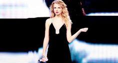 Image via We Heart It #TaylorSwift #fearlesstour