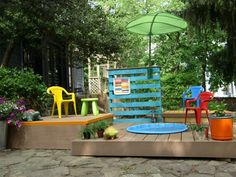 Build a Multilevel Deck For a Kiddie Pool : Home Improvement : DIY Network Backyard Playhouse, Patio Gazebo, Backyard Retreat, Patio Diy, Diy Deck, Backyard For Kids, Backyard Projects, Backyard Ideas, Pool Ideas