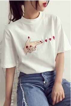Fashion Women/Girl Korean Summer Heart print casual T-shirt short sleeve Blouse - Ideas of Korean Fashion Women Women's Summer Fashion, Fashion Kids, Fashion Outfits, Womens Fashion, Style Fashion, Cheap Fashion, Korean Fashion Summer Casual, Fashion Hacks, Feminine Fashion