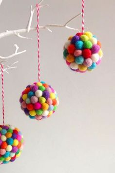 34 Unique Christmas Tree Decorations - 2018 Ideas for Decorating Your Christmas . 34 Unique Christmas Tree Decorations - 2018 Ideas for Decorating Your Christmas . Unique Christmas Trees, Christmas Tree Baubles, Christmas Crafts For Kids, Beautiful Christmas, Holiday Crafts, Christmas Diy, Holiday Decor, Holiday Ideas, Disney Christmas