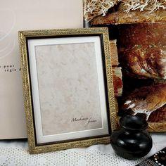 5x7 Pale Gold  Photo Frame With 4x6 Mat Wedding par mackenzieframes, $23,00