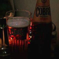Cobra #beer before a delicious vindaloo.  #curry #foodie #indian #food #india #utrecht #tajmahal http://ift.tt/2AHJA7u