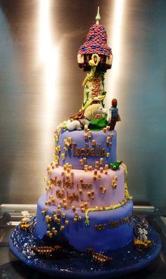 """tangled lantern scene cake   Little """"Miss"""" OC's Kitchen   Flickr"""