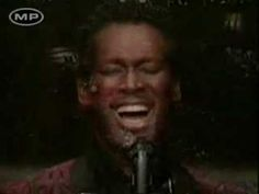 Fantastic : Luther vandross, the best and Soul Music. Performance : Live Classic : A Change Is Gonna Come Soul Music, Music Music, My Father's Daughter, Luther Vandross, Soul Singers, Old School Music, Smooth Jazz, Music Heals, Old Soul