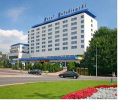 Hotel Golebiewski, Poland - WiFi client satisfaction rank 7/10. Download 5.5 Mbps, upload 7.4 Mbps. rottenwifi.com