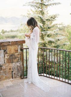 Organic Outdoor Aspen Wedding via oncewed.com