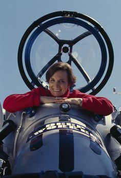 National Geographic Explorer in Residence, Sylvia Earle, has set several dive records and became the first female chief scientist of the US National Ocean and Atmospheric Administration. #WomensHistoryMonth #tbt