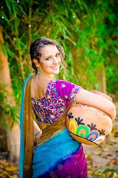 Rani Collection – Peacock Purple by Gopiskirts by Radhika - Rock Indian Photoshoot, Saree Photoshoot, Beauty Full Girl, Beauty Women, Kerala Traditional Saree, Dehati Girl Photo, Massage Girl, Loose Hairstyles, Bridal Hairstyles