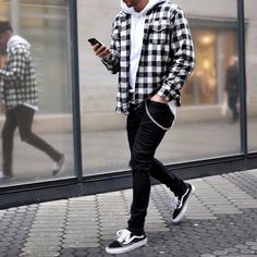 Creative Tips and Tricks: Urban Fashion Hipster Woman Clothing urban fashion photography blue.Urban Wear For Men Black urban fashion summer Urban Fashion Hip Hop. Mode Outfits, Urban Outfits, Chic Outfits, Trendy Outfits, Dope Outfits For Guys, Winter Outfits Men, Fashionable Outfits, Mens Fashion Suits, Trendy Fashion