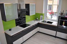 Skleněné obklady (2) Kitchen Cabinets, Home Decor, Pictures, Decoration Home, Room Decor, Cabinets, Home Interior Design, Dressers, Home Decoration