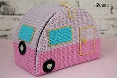 Wow! Crochet camper !