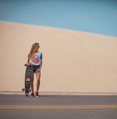 Camiseta feminina, shorts, moda, tendências, lifestyle, óculos, relógios, confecção, praia, calçados, wetsuits, acessórios de surf, surf, skateboard, natação, triathlon, moda feminina, moda masculina.